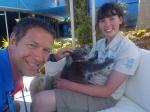 We hadden een kort bezoek aan de plaatselijke dierentuin en ik kon het niet weerstaan om even hallo te zeggen tegen deze koala! Het maakte mijn dag nog beter dan hij al was!