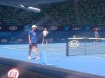Andy in voorbereiding op zijn halve finale wedstrijd tegen Novak Djokovic in de Rod Laver Arena!