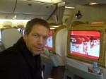 Wie herinnert zich nog dat je gewoon moest lezen tijdens een vlucht. Met de Inflight Entertainment van Emirates ga ik het wel volhouden de komende 24 uur.