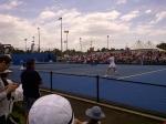 Voordat ik samen met Mats vertrek naar Melbourne bekeken we nog de wedstrijd tussen Petkovic en Pavlyuchenkova. De tribunes waren goed gevuld!